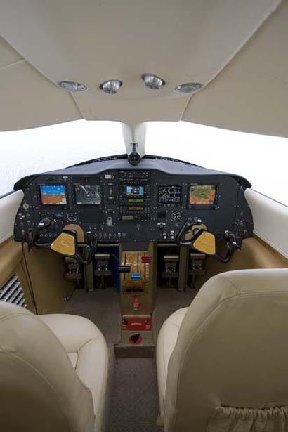 cockpit_lrg.jpg